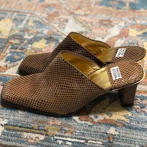 Timothy Hitsman Shoes - Snake print Heels